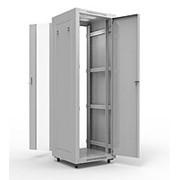 """19"""" напольный шкаф СТАНДАРТ 32U 600x800 мм, передняя дверь стекло, боковые стенки несъемные фото"""