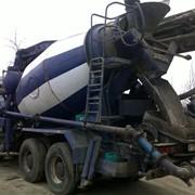 Доставка миксером или самосвалм услуги бетононасоса. фото