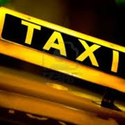 Легковой транспорт услуга такси перевозок Киев  фото