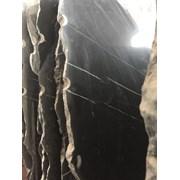 Изысканные оттенки мрамора и оникса в складе фото