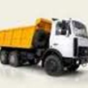 Услуги перевозок автомобильным транспортом бестарных и насыпных грузов срочные фото