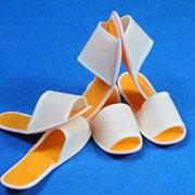 Тапочки одноразовые. санитарно-гигиенические универсальные тапочки для саун и SPA салонов фото