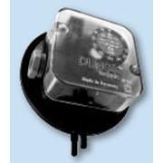 Датчики-реле давления DUNGS дифференциальные на воздух серии KS для контроля давления, разряжения, разницы давлений и избыточного давления газа и воздуха. фото