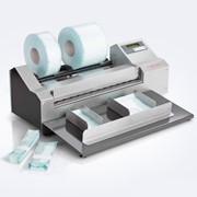 Машина для изготовления пакетов из рулонов для стерилизации hm 8000 AS-V фото