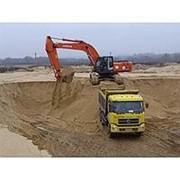 Доставка строительного песка фото