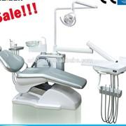 Стоматологическое кресло со стандартным кресле стоматолога фото
