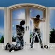 Поклейка декоративной пленки на окна,перегородки двери в Киеве фото