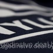Нанесение логотипа на спецодежду фото