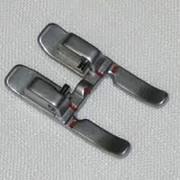 Лапки для декоративных строчек Открытая лапка (металл) для аппликаций и декоративных швов фото