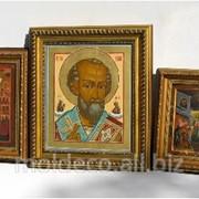Иконы в деревянной рамке из итальянского багета фото