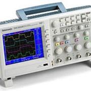Осциллограф цифровой Tektronix TDS-2002C фото
