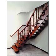 Лестницы. Лестницы деревянные. фото