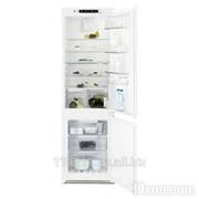 Холодильник Electrolux ENN92853CW фото