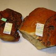 Аукціон з продажу необробленого бурштину. фото