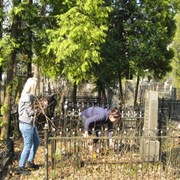 Разовый уход за гранитными и мраморными поверхностями надгробных сооружений фото