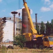 Демонтаж инженерных конструкция на резервуарах для хранения нефтепродуктов и ГСМ фото