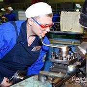 Организация оказывает услуги по всем видам работ токарных, фризеровачных и других станков. фото
