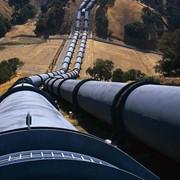 Обслуживание технологических трубопроводов и оборудования резервуарного парка фото