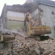 Демонтаж аварийных зданий фото