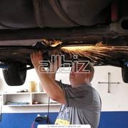 Услуги по ремонту легковых автомобилей фото