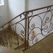 Перильные ограждения лестниц и балконов, перила для лестниц, заказать металлическое ограждения для лестниц и балконов в Алматы фото