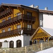 Отель «Плюс» находится в самом центре карпатского села Поляница. Дуплекс № 11 - № 14 (двухкомнатный, двухуровневый, 2-4 местный номер); Стандарт 2-местный (однокомнатный, 2-местный номер) фото
