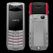 Vertu Ascent 2010 Рифлёный титан, красная кожа фото