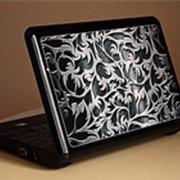 Красивые защитные наклейки на ноутбуки и нетбуки фото