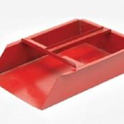 Совок металлический красный фото