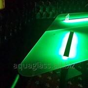 Стеклянный стол с подсветкой фото