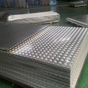 Алюминиевый лист рифленый от 1,2 до 4мм, резка в размер. Гладкий лист от 0,5 до 3 мм. Доставка по всей области. Арт-736 фото