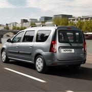 Автомобиль Renault Logan MCV фото