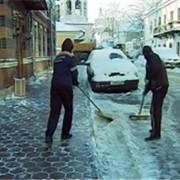 Услуги по уборке улиц от снега фото