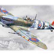 Модель Спитфайр Мк.ІХ, британский истребитель ІІ МВ фото