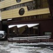 Установка окон в административных зданиях фото