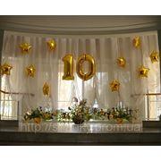 Оформление юбилея фирмы воздушными шарами. фото