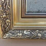 Оформление произведений искусства в рамы. Рамы из багет фото