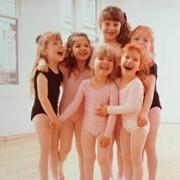 Латиноамериканские и европейские танцы для детей от 3 до 16 лет.Кременчуг фото