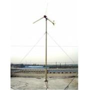 Ветрогенератор EuroWind 2 Популярная модель ветрогенератора обеспечивает дом небольшого размера. Можно использовать с солнечной батареей фото