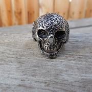 """Кольцо """"Cranium II"""" из нержавеющей стали от WickerRing фото"""