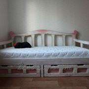 Кровать одноместная из массива фото