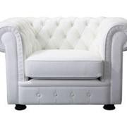 Аренда (прокат) легендарного классического кресла «Честер» (Chester) белого цвета по 800 грн/сутки
