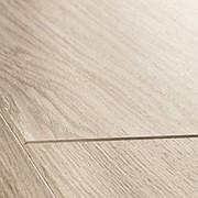 Ламинат Quick-Step Perspective Доска дубовая светло-серая лакированная фото