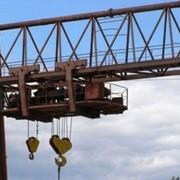 Кран козловый общего назначения типа ККД - с двухрельсовой грузовой тележкой фото
