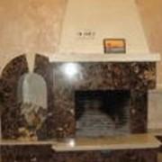 Камины из натурального мрамора фото