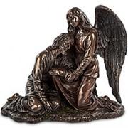 """Скульптура """"Иисус и Ангел""""/ Библейские сюжеты 23х21х10,5см. арт.WS-424 Veronese фото"""