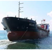 Перевозка грузов водным транспортом. фото
