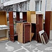 Вывоз старой мебели из квартиры фото