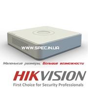 Сетевой (IP) видеорегистратор HIKVISION DS-7104NI-SN фото