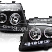 Фары для Nissan Pathfinder фото